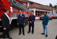 Übergabe Bewilligungsbescheid für Drehleiter durch Staatssekretär Mark Weinmeister_13