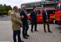 Übergabe Bewilligungsbescheid für Drehleiter durch Staatssekretär Mark Weinmeister_9